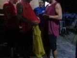 Роналдиньо в тюрьме раздает автографы и распивает алкоголь (ФОТО)