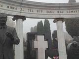 Чемпион Европы-1992 посетил в Киеве могилы динамовцев