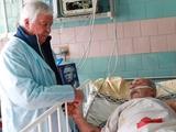 Представители «Динамо» навестили «суперфана» Парамона в больнице (ФОТО, ВИДЕО)