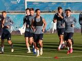 «Динамо» за день до матча с АЗ тренировалось без Цыганкова и Дуэлунда