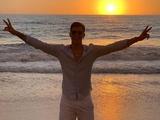 Витор Буэно продолжает отдыхать в Бразилии