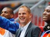 В стане соперника. Франк де Бур официально назначен главным тренером сборной Нидерландов