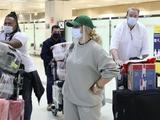 «Не менее 17 чемоданов». Полузащитник «Шахтера» вернулся в Бразилию с семьей (ФОТО)