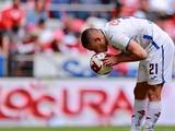 В Южной Америке футболистам запретили целовать мяч, плевать и сморкаться во время матчей