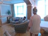 Жена Дентиньо показала киевское жилье семьи футболиста в версальском стиле (ВИДЕО)