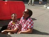Дорожники заасфальтировали яму, в которой сфотографировались болельщики сборной Хорватии (ФОТО)
