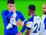 Тиаго Силва вытер нос футболкой игрока «Тоттенхэма» (ФОТО)