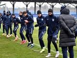 «Мариуполь» к матчу с «Динамо» готовился на базе «бело-синих» в Конча-Заспе