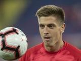«Тоттенхэм» предлагает «Милану» двух игроков в обмен на Пёнтека