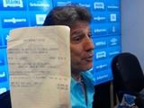 В Бразилии тренер перечислил игроку 9 тысяч евро за гол бисиклетой (ФОТО)