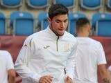 Яремчук пропустил тренировку сборной, но имеет шансы сыграть с Турцией