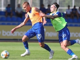 Футболисты «Динамо» сегодня снова переночуют на базе