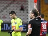 ВИДЕО: Удаление Романа Яремчука за умышленный удар соперника в матче «Кортрейк» — «Гент»