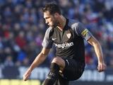 Полузащитник «Севильи» был удален в перерыве матча по пути в раздевалку