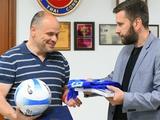 ФК «Динамо» (Киев) выражает моральную поддержку самой смелой юношеской футбольной команде мира