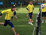 Сборная Украины: Селезнев и Бутко уже тренируются на Сардинии