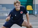 Роман Саленко: «С отцом пересматриваем матчи и обсуждаем мою игру»