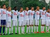 Двое футболистов белорусских «Крумкачей», возвращавшихся с тренировки, были задержаны, и теперь находятся в РУВД