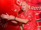 Наставник сборной Бразилии будет рекламировать пиво