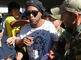 Роналдиньо повторно арестован в Парагвае. Стал известен срок заключения бразильца