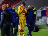 В стане соперника. Два защитника «Барселоны» травмировались перед матчем с «Динамо»