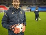 В матче со сборной Франции Александр Шовковский будет запасным вратарем (ФОТО)?