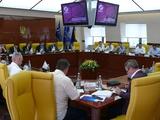 Официально. «Черноморец» и «Арсенал-Киев» исключены из Премьер-лиги