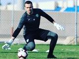 Максим Коваль в матче за «Аль-Фатех» отбил пенальти, который сам и заработал (ВИДЕО)