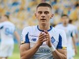 Премьер-лига назвала Виталия Миколенко лучшим игроком 25 тура