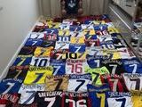 Бразильский фанат похвастался невероятной коллекцией игровых футболок Шевченко (ФОТО)