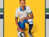 Сборная Бразилии в ретро стиле представила форму на Кубок Америки (ФОТО)