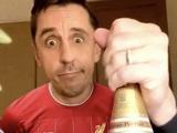 Каррагер пошутил над Невиллом после чемпионства «Ливерпуля» (ФОТО)