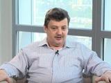 """Андрей ШАХОВ: """"Завесить логотип КАС шарфиком """"Мариуполя"""" - это, наверное, Журавлев от большого ума сделал. Он бы еще стикерами"""
