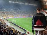 «Динамо» недостаточно? «Рух» заманивает болельщиков на стадион бесплатной стрижкой