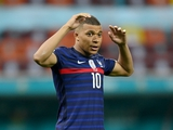 Лидер сборной Франции может пропустить матч с Украиной