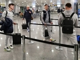 ВИДЕО: «Динамо» отправилось на матч с «Шахтером». Репортаж из аэропорта «Борисполь»