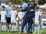 Марадона прибыл в расположение брестского «Динамо», обнялся с Милевским и пообещал новый стадион (ФОТО)