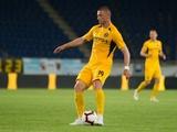 Экс-полузащитник «Динамо», пропустив год, дебютировал за «Днепр-1» забитым мячом. Эмоции футболиста