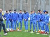 Сборная Украины U-17 выпустила 2 отстраненных игроков в отборе Евро-18. Команде угрожает техпоражение