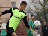 Павел Исенко: «Главное для вратаря — это заставить игрока ударить туда, куда ты хочешь, и не валять дурака на тренировках»