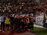 В Сербии болельщиков вернули на трибуны без особых ограничений. ФОТО и ВИДЕО с матча «Партизан» — «Црвена Звезда»