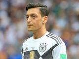 Месут Эзил завершил карьеру в сборной Германии