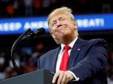 Президент США выразил надежду, что болельщики вернутся на стадионы к августу или сентябрю