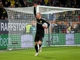 Холанд сделал хет-трик в первом своем официальном матче за «Боруссию Д»