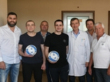 Динамовцы посетили моряков в Центральном госпитале СБУ (ФОТО, ВИДЕО)