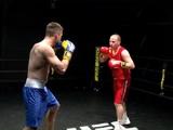 Александр Алиев уступил актеру в дебютном боксерском поединке (ФОТО)