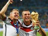Немецкий футбольный союз организует прощальные матчи Подольски и Швайнштайгера
