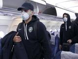 Футболисты «Лудогорца» прилетели на матч ЛЕ с «Интером» в защитных масках и перчатках (ФОТО)
