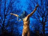 Фанаты «Мальме» осквернили статую Ибрагимовича (ФОТО)