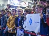 Автограф-сессия игроков «Динамо» глазами болельщика
